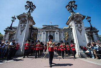 英国女王陛下の近衛軍楽隊